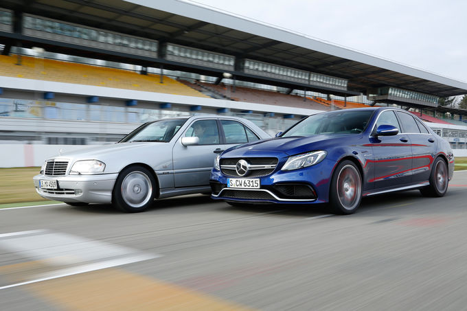 O comparație fascinantă: Mercedes C 43 AMG vs Mercedes-AMG C 63 S