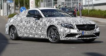 Mercedes-AMG C 63 Coupe îşi arată faţa – fotografii spion
