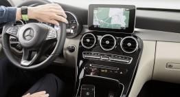 Mercedes anunță apariția funcției de navigație prin intermediul ceasului Apple