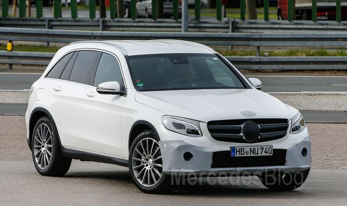 Fotografii ale noului Mercedes-Benz GLC (aproape) demascat