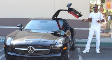 """""""Profesorul trăsnit"""" Eddie Murphy conduce o mașină trăsnet: SLS AMG"""