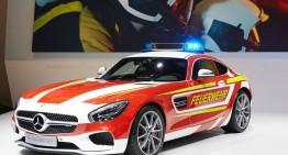 Mercedes-AMG GT S Fire Department Edition. Nu prea arată ca o mașină de pompieri