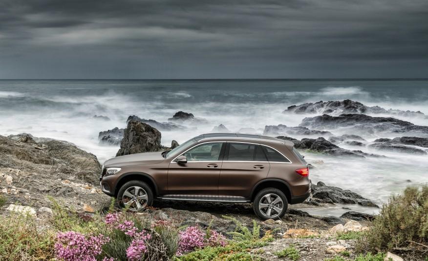 Se mișcă, trăiește! Mercedes-Benz GLC – primul trailer oficial