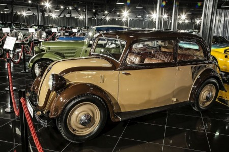 Tiriac-collection-Mercedes-130-sedan-1934.-2