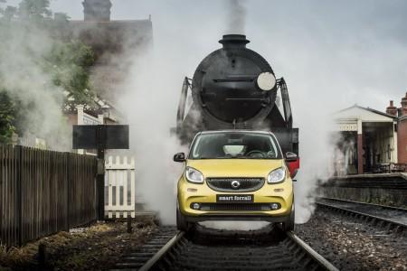 Smart ForRail pe calea ferată Bluebell , Sussex, 22 iunie. Fotografie: James Lipman / jameslipman.com