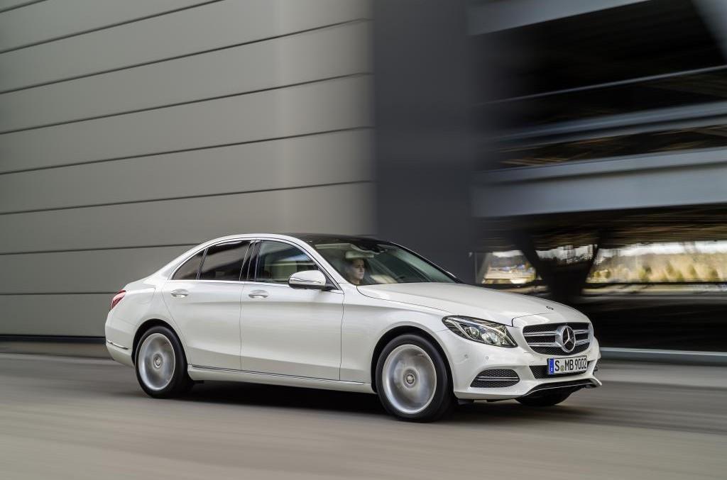 Vânzări record pentru Mercedes: cu 68.000 de mașini mai mult ca Audi în 2015