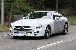Roadster-ul Mercedes-Benz SL este iarăși tânăr – noi fotografii spion