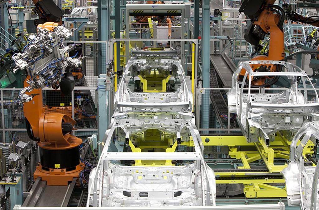 Investiție de un miliard de euro pentru uzina Mercedes-Benz Rastatt
