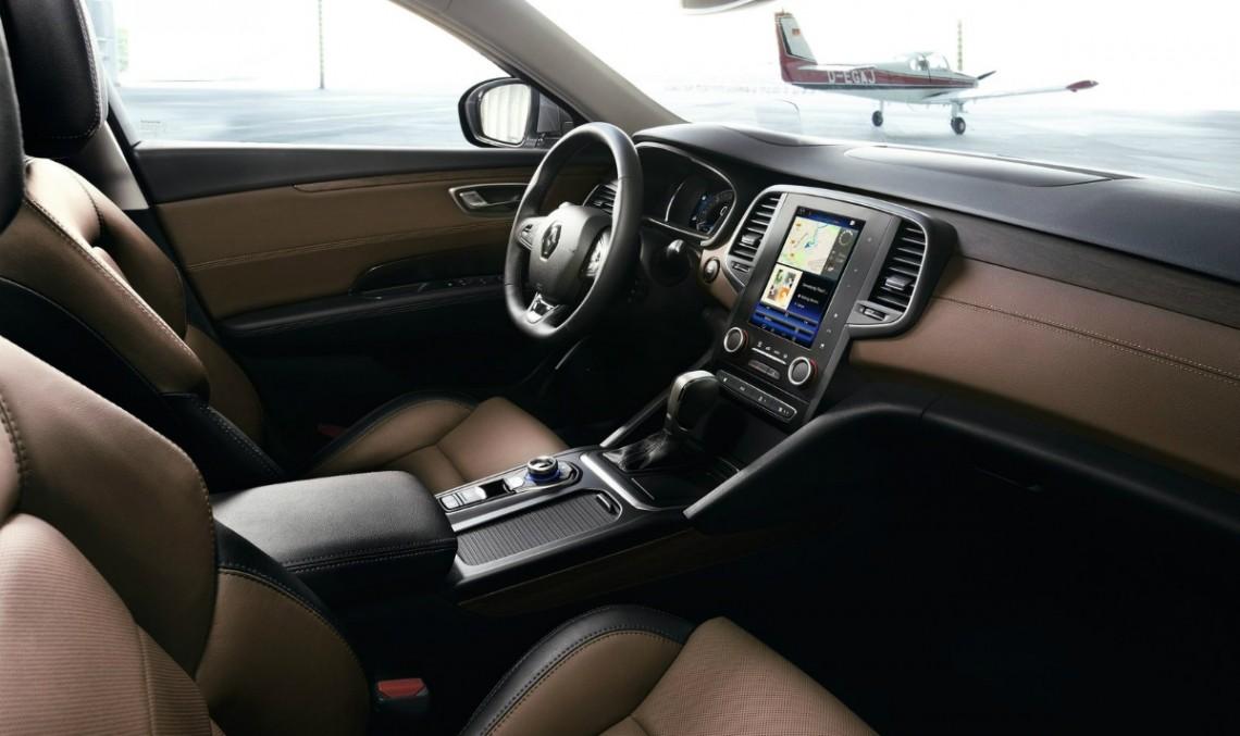 Mercedes-Benz ajută Renault să creeze interioare mai bune