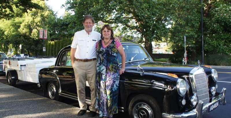 Înconjurul lumii în cinci ani cu un Mercedes-Benz retro