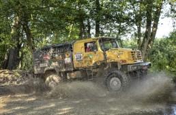 Camioanele Unimog și Zetros obțin o triplă victorie într-un raliu extrem în Polonia