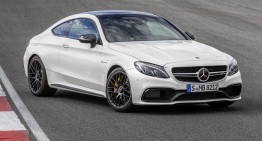 Dansul balerinei pe circuit: primul video cu Mercedes C 63 AMG Coupe