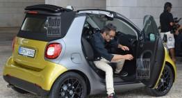 Vedeți noul smart fortwo Cabrio în versiunea de serie