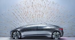 F015 Luxury in Motion – Mașina viitorului față în față cu arta