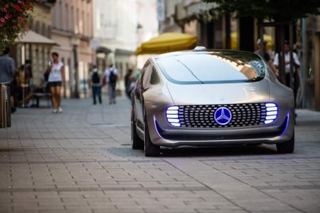 F015 Luxury in Motion
