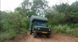 Un Mercedes retro pentru camping – Este antiglonț!