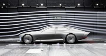 Primul clip cu mașina care își schimbă forma – Conceptul Mercedes-Benz IAA