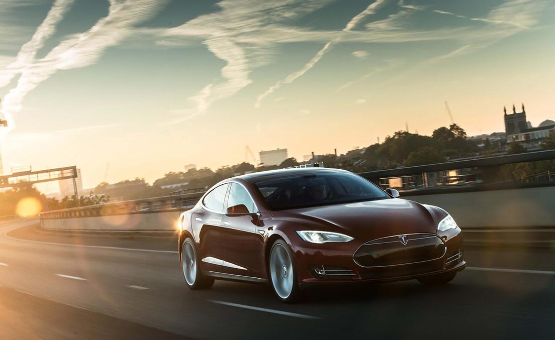 Rivalul Mercedes pentru Tesla Model S confirmat de șeful r&d