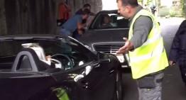 Nu se vede luminița de la capătul tunelului pentru doi șoferi de Mercedes