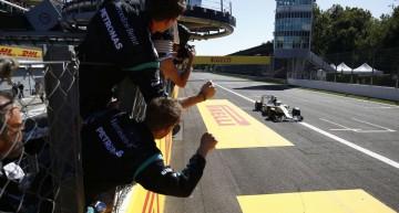 Italia F1: Hamilton învinge şi se detaşează în clasamentul general