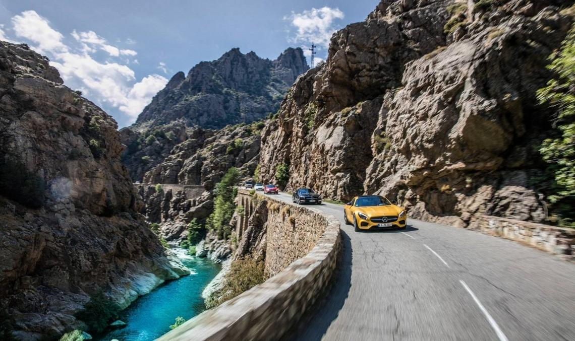 Corsica în lung și-n lat la volanul unui Mercedes-AMG