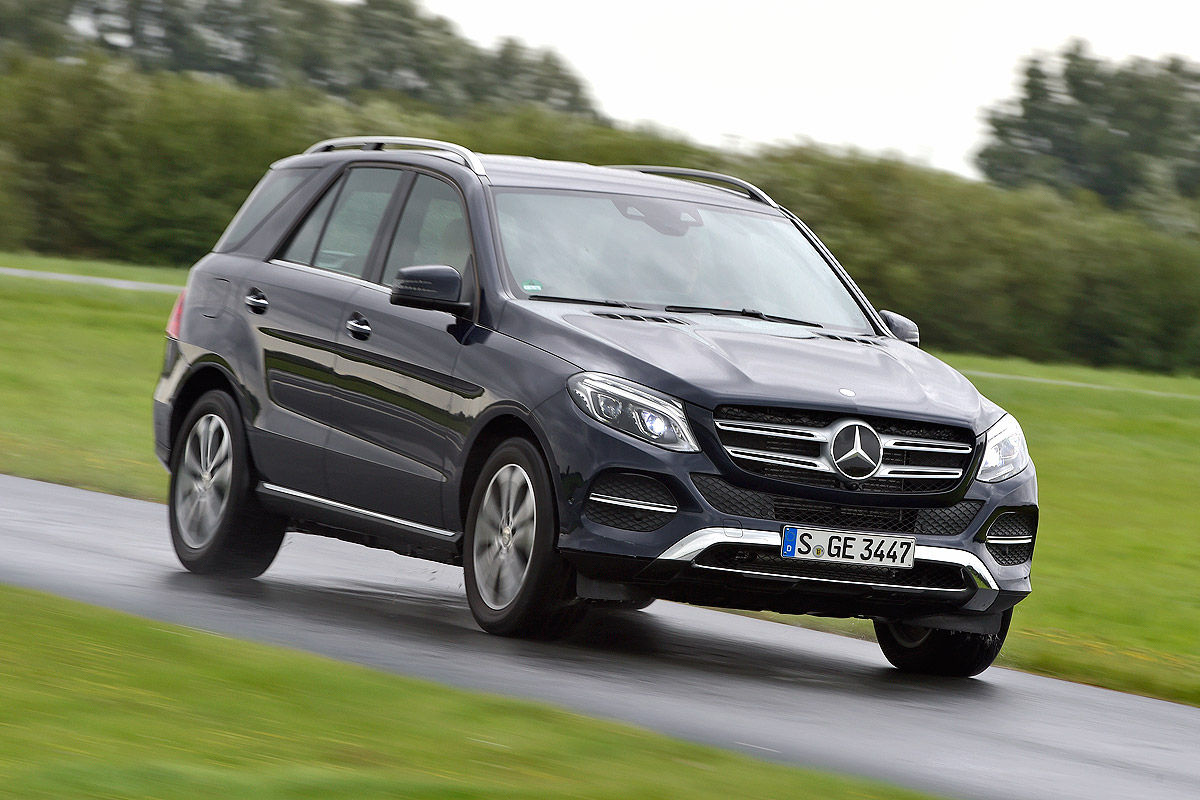 2016-mercedes-gle-comp-9