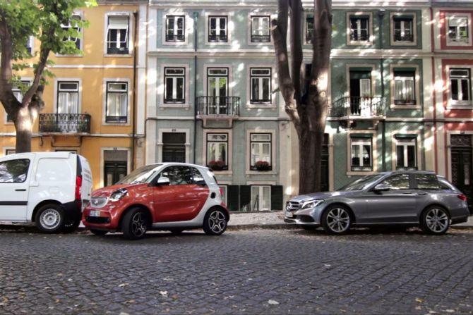 Efectul smart – Mașinile intră la apă ca să-ți facă loc să parchezi