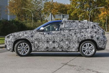 Spy-Shots of Cars BMW X2