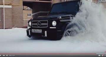 Spectaculosul G 55 AMG se joacă în zăpadă. O analiză rusească foarte directă