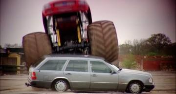 Cum să distrugi un Mercedes? Nu se poate! Este indestructibil!