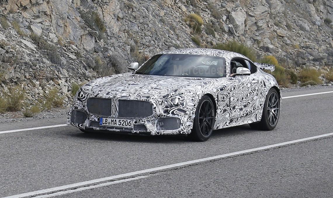 Mercedes-AMG GT3 în versiunea stradală a fost dezvăluit – noi fotografii spion