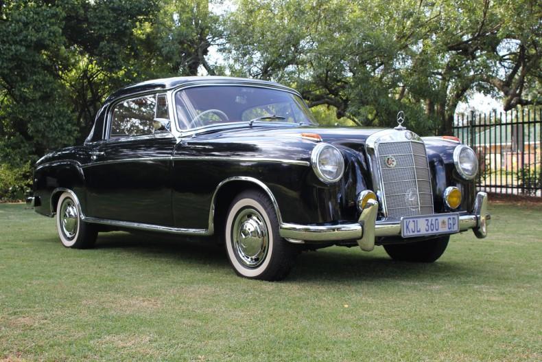Un Mercedes nobil vândut la licitație: Mercedes-Benz 220S Coupe din 1958