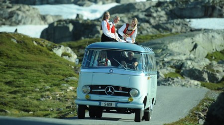 Autobuz retro Mercedes-Benz