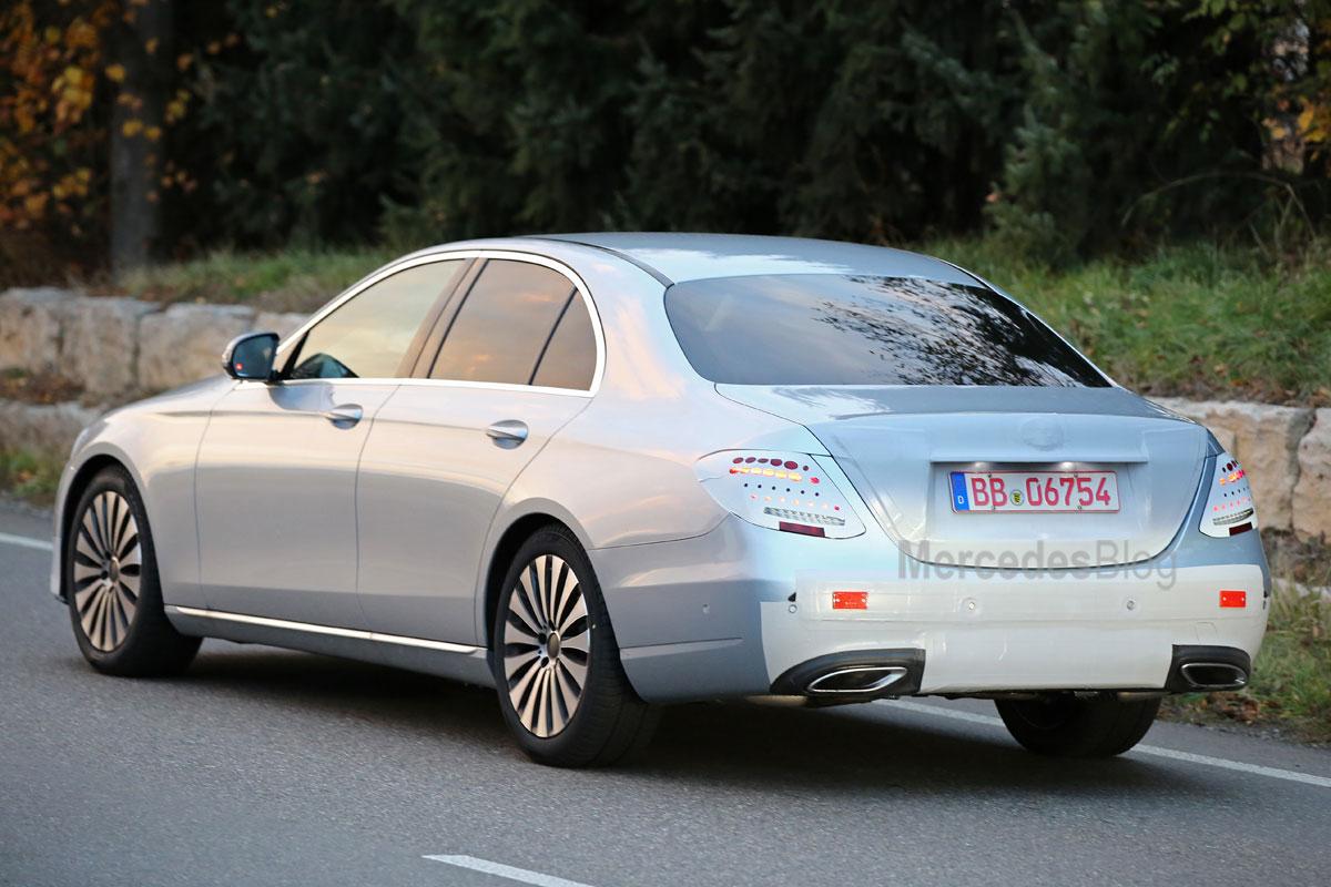 Mercedes-E-class-006