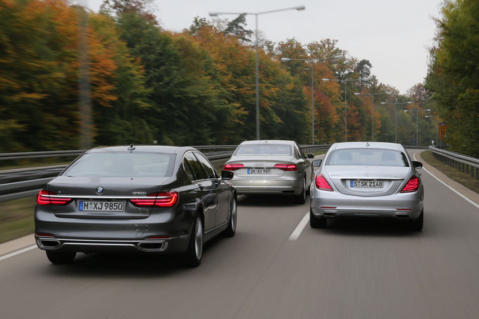 Mercedes-S-500-vs-BMW-750i-Audi-A8-4.0-TFSI-8