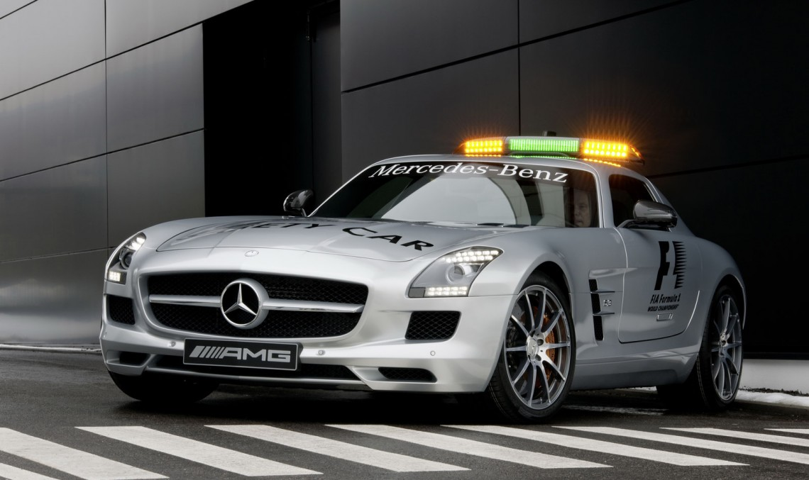 Mercedes-Benz garantează siguranța în motorsport – Iată Mercedes-urile Safety Car