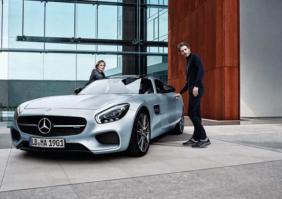 Mercedes-AMG GT este vedeta noii campanii 'Santoni for AMG'