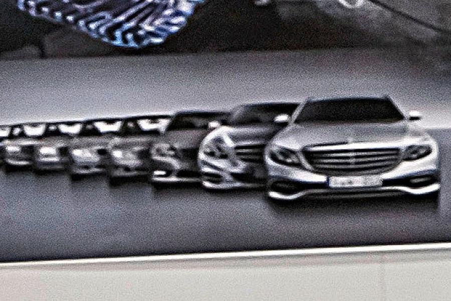 Mercedes E-Class 2017 deconspirat prin intermediul unor schițe oficiale