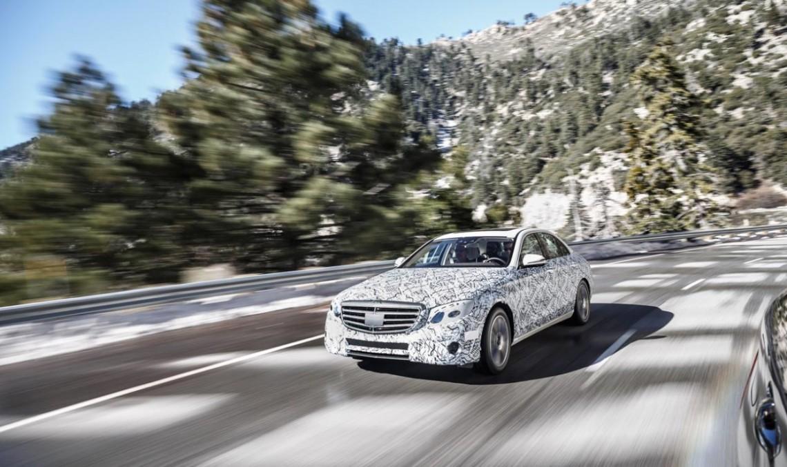 Mașina care gândește singură – noul Mercedes-Benz E-Class liber pe șosea