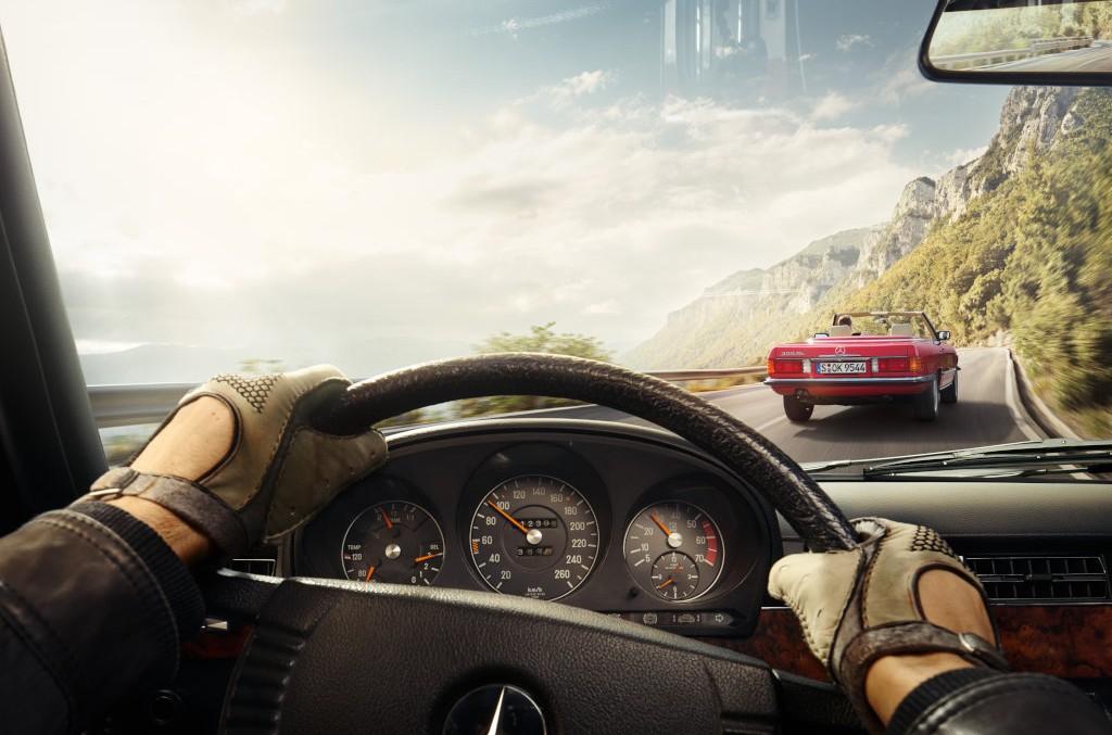 Mașina timpului – Poți conduce un Mercedes retro grație aplicației Legends