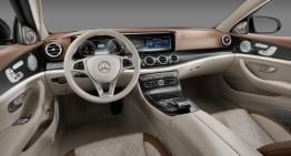 Mercedes E-Class 2017 și evoluția interiroului său pe parcursul a 40 de ani
