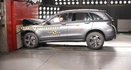 Siguranța mai presus de toate! Rechemarea în service a mașinilor cu airbag-uri Takata îi afefectează și pe cei de la Daimler
