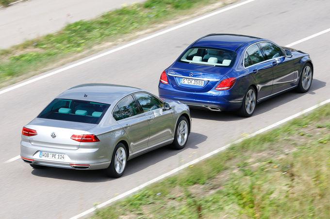 comparison-test-Mercedes-C350e-vs-VW-Passat-GTE-8