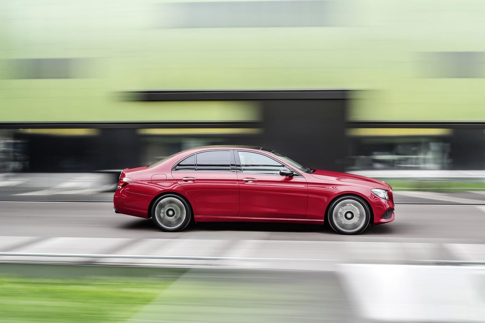 2017-Mercedes-Benz-E-Class-1