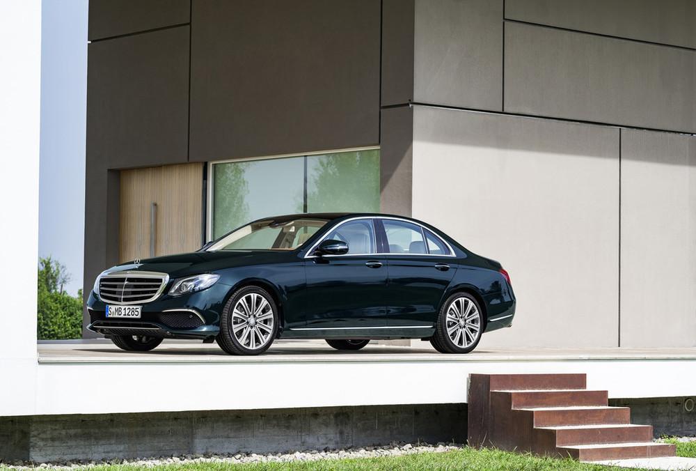 Noul Mercedes-Benz E-Class dezvăluit oficial. DETALII COMPLETE