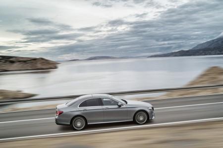 2017-Mercedes-E-Class-26 BMW