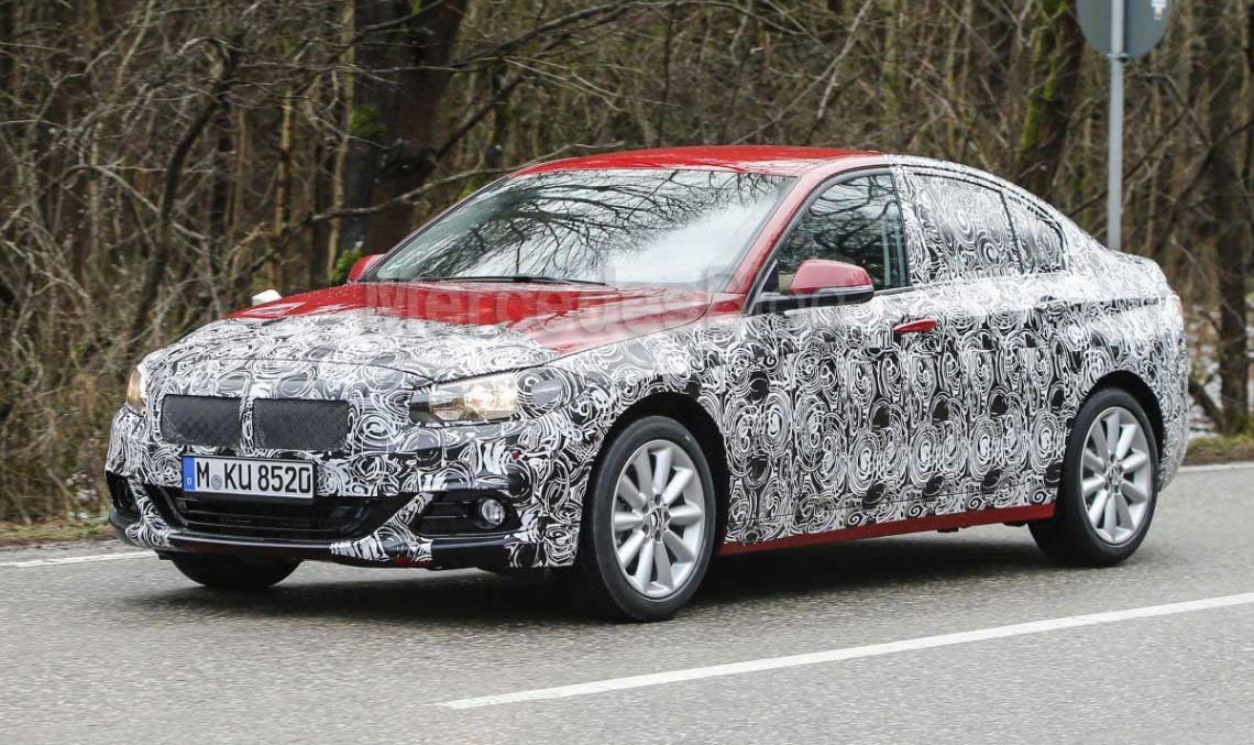CLA, fii pe fază! BMW Seria 1 Sedan surprins iar în teste