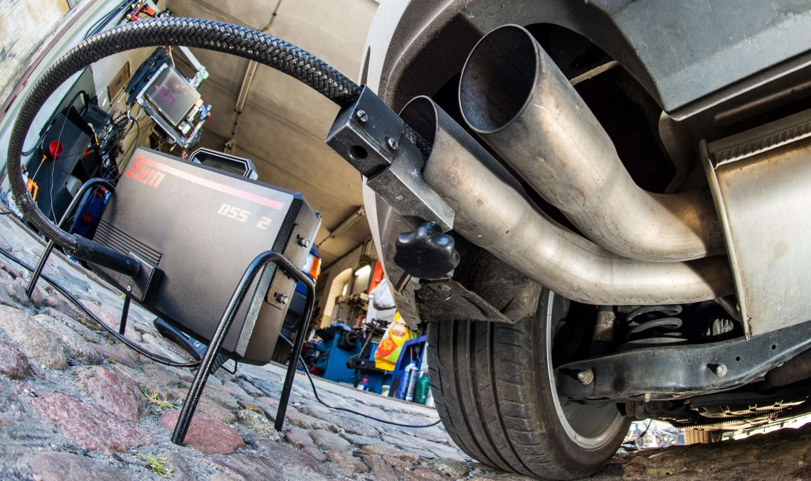 Dieselgate: Proprietarii de Mercedes-uri dau compania în judecată pe motiv de emisii