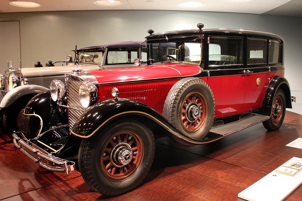 1935_Mercedes-Benz 770_Pullman-limzuine blindate