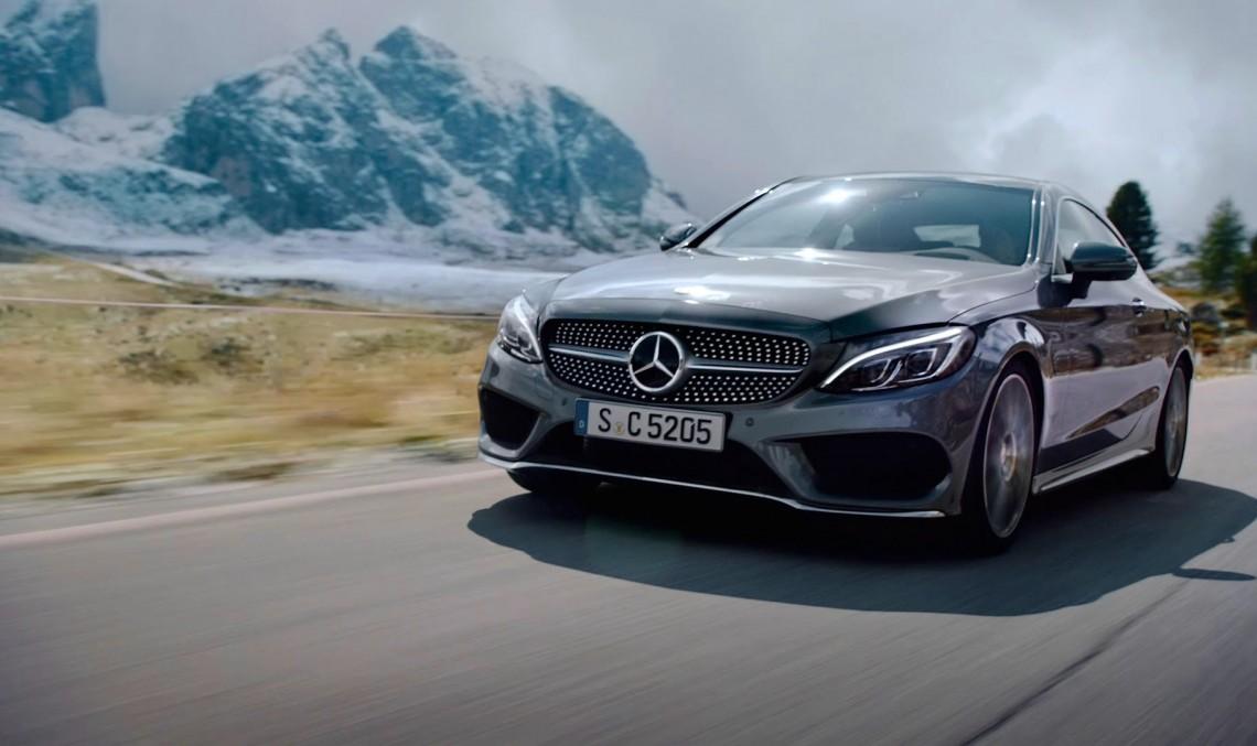 Păcatul vitezei – Mercedes-Benz C-Class Coupe își depășește limitele în reclame TV